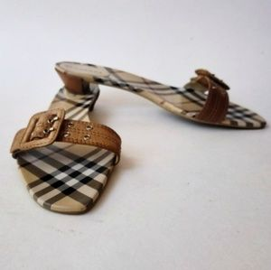 ~BURBERRY ~ITALY 🇮🇹 SANDALS AUTHENTIC, SIZE 40.5